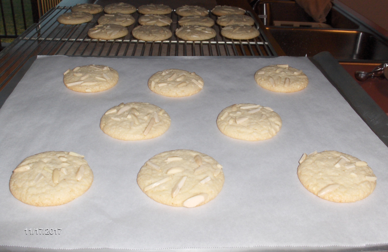 Baked Almond Cookies